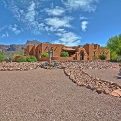 Luxury House for Sale in Apache Junction 928 S Cottontail Court